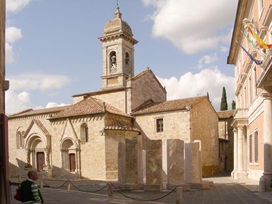 Collegiata e Palazzo Chigi, San Quirico d'Orcia