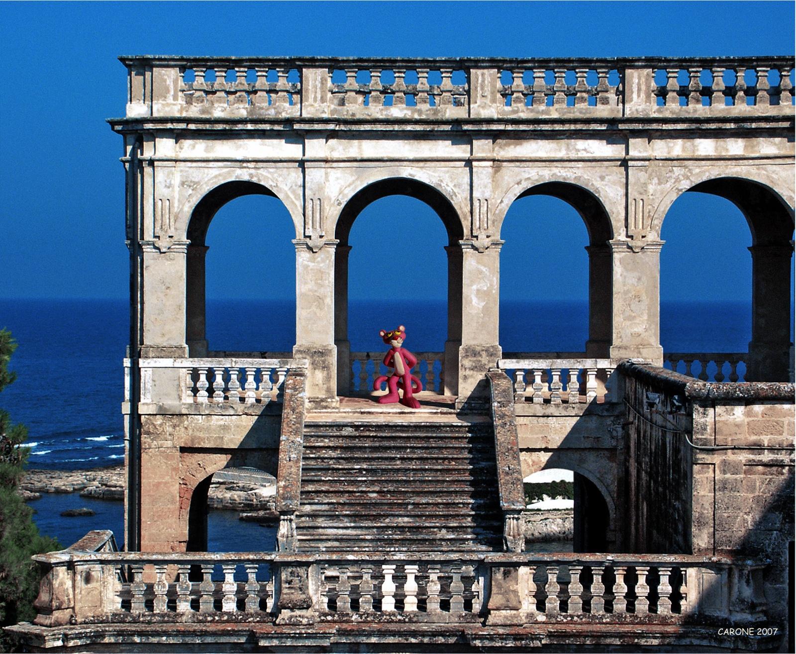 PINK PANTHER'S ABBEY . 2007 - Fotografia su tela, cm. 100 x 120 Collezione Museo Pino Pascali, Polignano a Mare