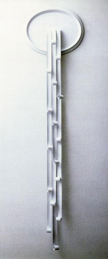 LA FONTANA . 1980 - Pellicole cinematografiche e smalto su tavola, cornice ovale, teca di plexiglass, cm. 200 x 60 x 12 Collezione Pietro Marino, Bari