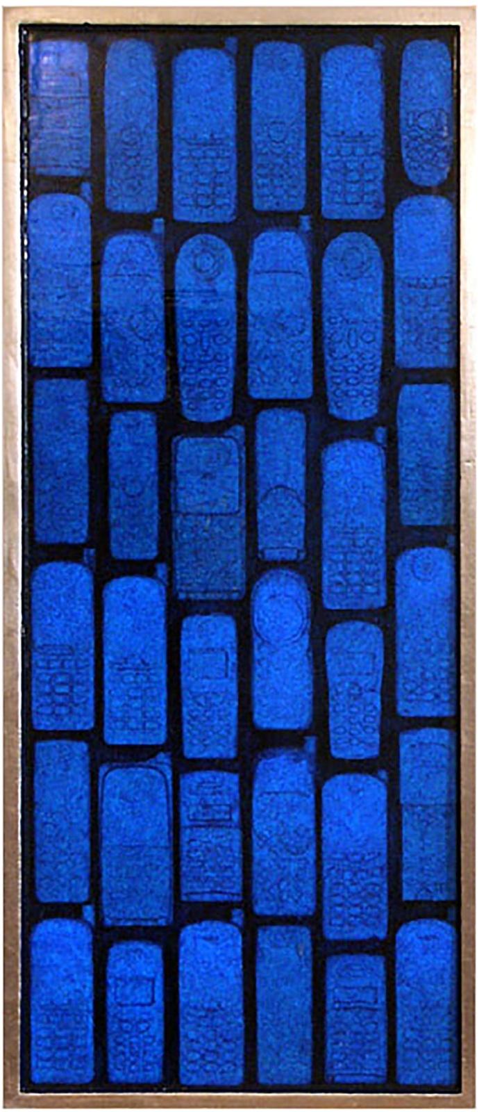 LE VOCI DELLE SIRENE . 2006 - teatrino con 36 telefoni, colore acrilico, resina, foglia d'oro, cm. 86 x 38 x 5 Collezione Francesca Casa, Roma