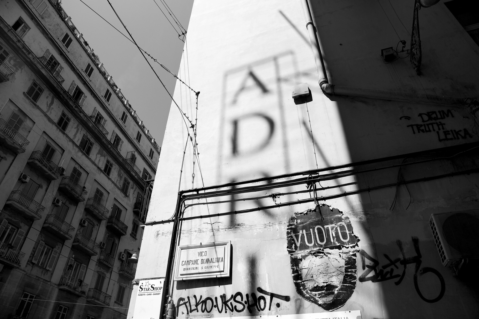 NAPOLI-IDENTITA' URBANE B/N